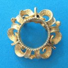 """VINTAGE 1 1/4"""" TEXTURED GOLD TONE PIN."""