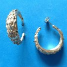 "1 1/4"" X 3/8"" GOLD TONE FEATHER TEXTURE HOOP PIERCED EARRINGS"