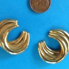 """PRETTY GOLD TONE SWIRL PIERCED EARRINGS 1 1/4"""" X 1 1/8"""""""