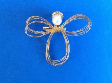 "DELICATE ABSTRACT ANGEL PIN GOLD TONE PEARL 1 3/4"" X 2""....SWEET"