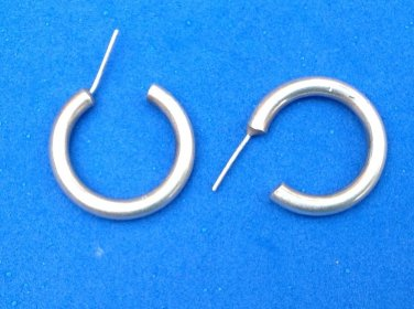 "CLASSIC SILVER PIERCED HOOP EARRINGS 1"" IN DIAMETER"