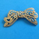 """VINTAGE BEAUTIFUL GOLD TONE TEXTURED BOW PIN 2 1/4"""" X 1 1/8"""""""
