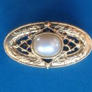 Pin, gold tone & faux pearl, dainty Victorian style .