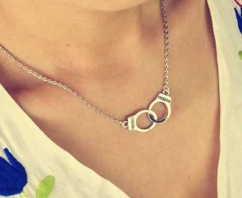 Handcuffs choker pendant necklace