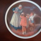 NORMAN ROCKWELL Mother's Day 1987 Grandma's Surprise Knowles Plate COA