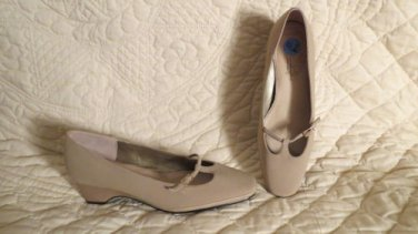 Innersoft by Hush Puppies Elegant yet Comfy Practical Shoes Size 7.5