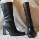 NEW in BOX White Mountain Black LeatherZippered Up  Boots  Shoes  Size 10 M