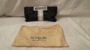 NEw Super chic Roxbury Black & White Drive Bag Sooo Very IN!!