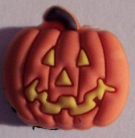 SCARY PUMPKIN SHOE CHARM FOR ALL CLOGS AND CROCS
