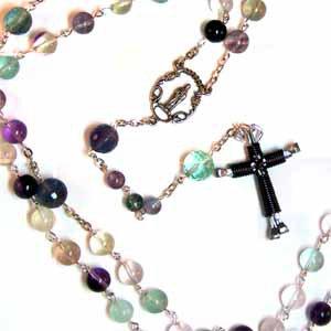 Rainbow Fluorite Rosary with Purple Horseshoe Nail Cross Pendant (JE280)