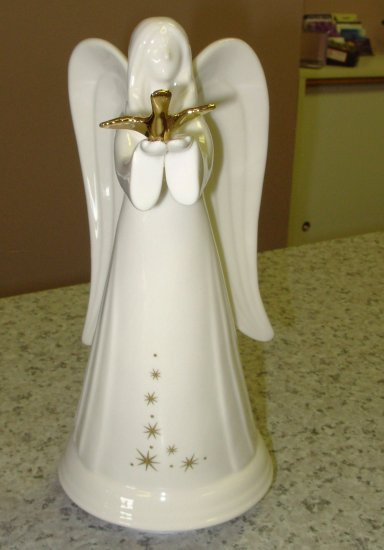 ANGEL MUSICAL FIGURINE GUND GIFTS PORCELAIN PLAYS WIND BENEATH MY WINGS NEW 14K GOLD TRIM RETIRED