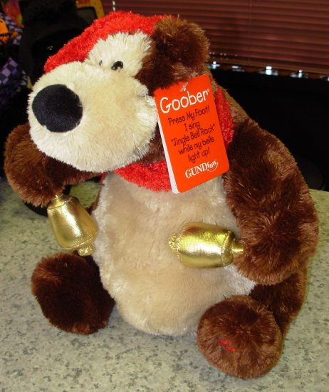 RETIRED GUND CHRISTMAS HOLIDAY GOOBER ANIMATED AND  PLAYS JINGLE BELL ROCK NEW WTH ORIGINAL TAGS