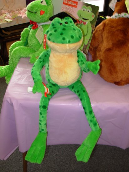 GUND FARLEY GRADUATION FROG SINGS SHOUT ANIMATED MUSICAL PLUSH STUFFED ANIMAL NEW WITH ORIGINAL TAGS