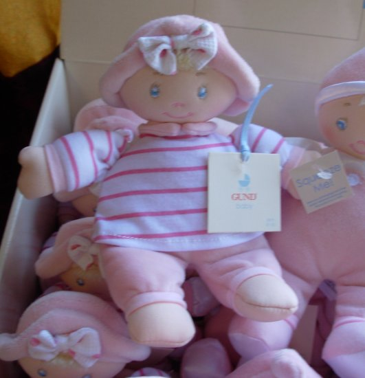 GUND LITTLE BABY DOLL GIGGLERS FROM BABY GUND NEW WITH ORIGINAL TAGS GIGGLES WHEN SQUEEZED