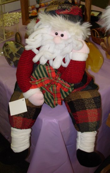 SANTA SHELF SITTER CHRISTMAS PLUSH HOLIDAY HOME DECOR NEW WITH TAGS GANZ