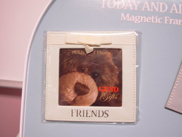 GUND MAGNETIC FRAME PHOTO HOLDER TODAY AND ALWAYS GUND PHOTO HOLDER MAGNET SAYS FRIENDS NEW