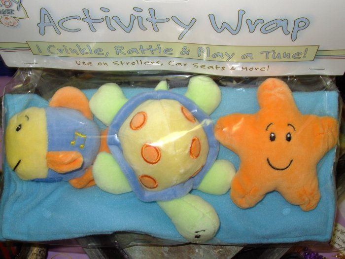 BABY ACTIVITY WRAP CRINKLES PLAYS MUSIC RATTLES FOR STROLLERS CAR SEATS NEW BABY GANZ