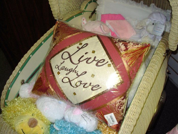 TAPESTRY PILLOW LIVE LAUGH LOVE NEW HOME DECOR GANZ