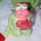 BIG LIPS FROG FIGURINE SAYS I'M YOURS CERAMIC NEW GANZ FUNNY VALENTINE