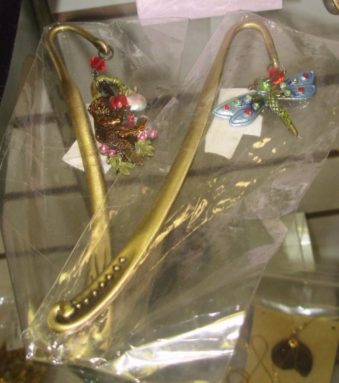 BOOKMARK GOLD TONE SATIN FINISH MONKEY WITH CRYSTALS AND BEADS NEW CBK