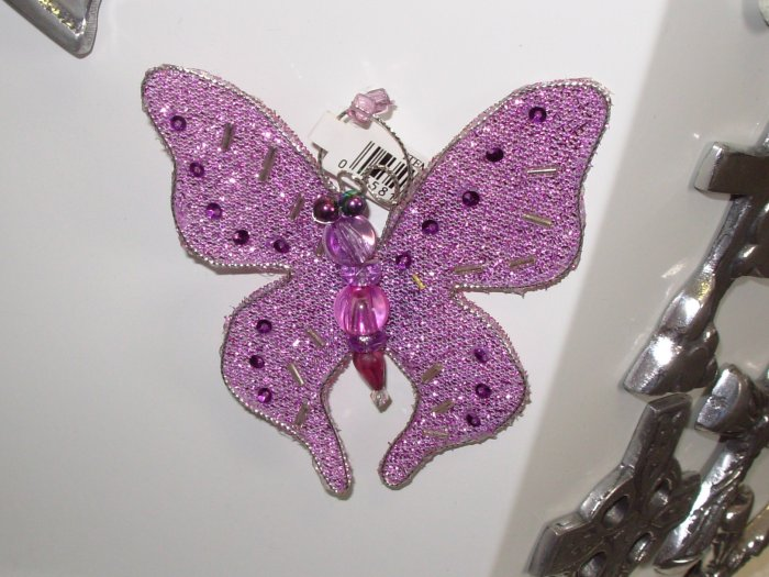 MAGNET LAVENDER BUTTERFLY SEQUINS CRYSTALS AND BEADS ON NET NEW GANZ HOME DECOR KITCHEN DECOR