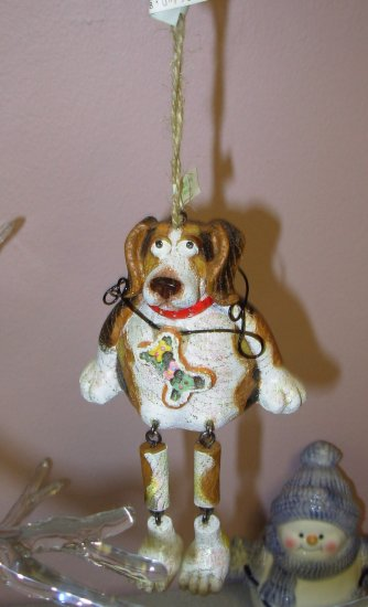 DOG BEAGLE CHRISTMAS ORNAMENTS SHELF SITTER NEW GANZ HOME HOLIDAY DECOR