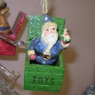 SANTA CHRISTMAS ORNAMENT NOSTALGIC TOY BOX JACK IN THE BOX NEW GANZ