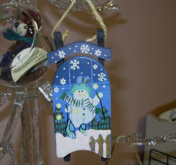 WOODEN SLED AND SNOWMAN CHRISTMAS ORNAMENT HAND PAINTED HOLIDAY DECOR NEW GANZ