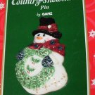 PORCELAIN SNOWMAN WITH WREATH CHRISTMAS HOLIDAY JEWELRY NEW GANZ PIN