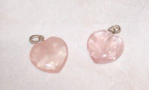 ROSE QUARTZ HEART PENDANT OR CHARM LIGHT PINK NEW