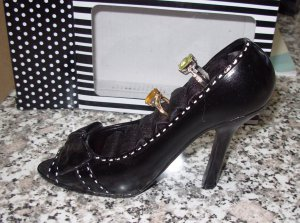 SHOE JEWELRY RING HOLDER BLACK GIFT BOXED NEW GANZ