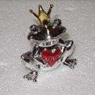 XOXO FROG FIGURINE SMALL ZINC FROG HOLDING A HEART WITH XOXO NEW GANZ