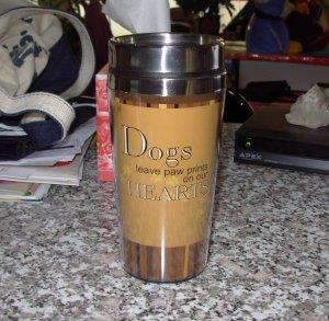 DOGS LEAVE PAW PRINTS ON OUR HEARTS PET LOVERS TRAVEL MUG DOG NEW GANZ COFFEE MUG