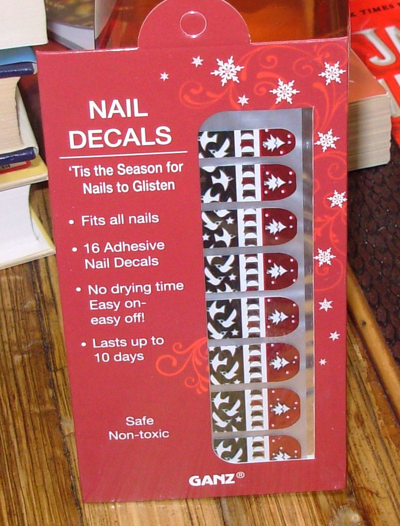 NAIL DECALS CHRISTMAS TREES AND DOVES HOLIDAY OCCASION NEW GANZ EASY FITS ALL
