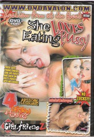 She Loves Eating Pussy