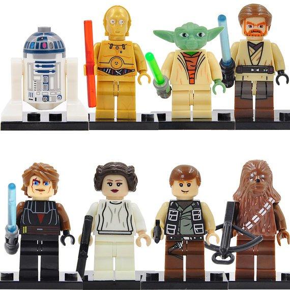 Star Wars custom set of 8 minifigures Lego compatible, Yoda, R2D2, princess Leia, Obi-Wan, Anakin