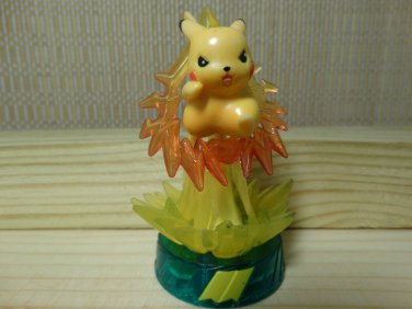 Pokemon Action Figure Hasbro Battle Trainer Thinkchip  Pikachu