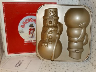 William Sonoma Snowman 3-D Cake Pan Mold Christmas Centerpiece Decoration New