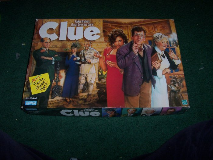 CLUE - CLASSIC DETECTIVE BOARD GAME