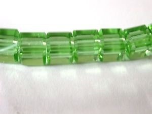 30 BEAUTIFUL 5X5 GREEN GLASS CUBE BEADS ~ cb18