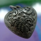 vintage CHARM silver FAT HOLLOW PUFFY NOUVEAU  REPOUSSE HEART : 18184