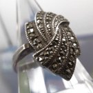 RING sz 8 *VINTAGE* sterling 925 silver ART DECO marcasite signed W over V MAYBE