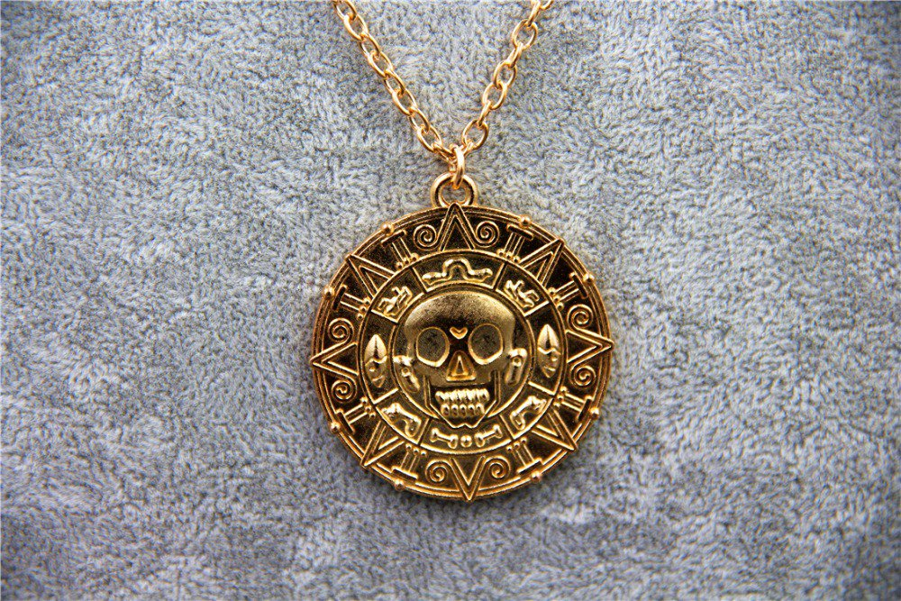 Pirates of the Caribbean 5 Dead Men Tell No Tales Vintage Alloy Aztec Coin Pendant Necklace Gold
