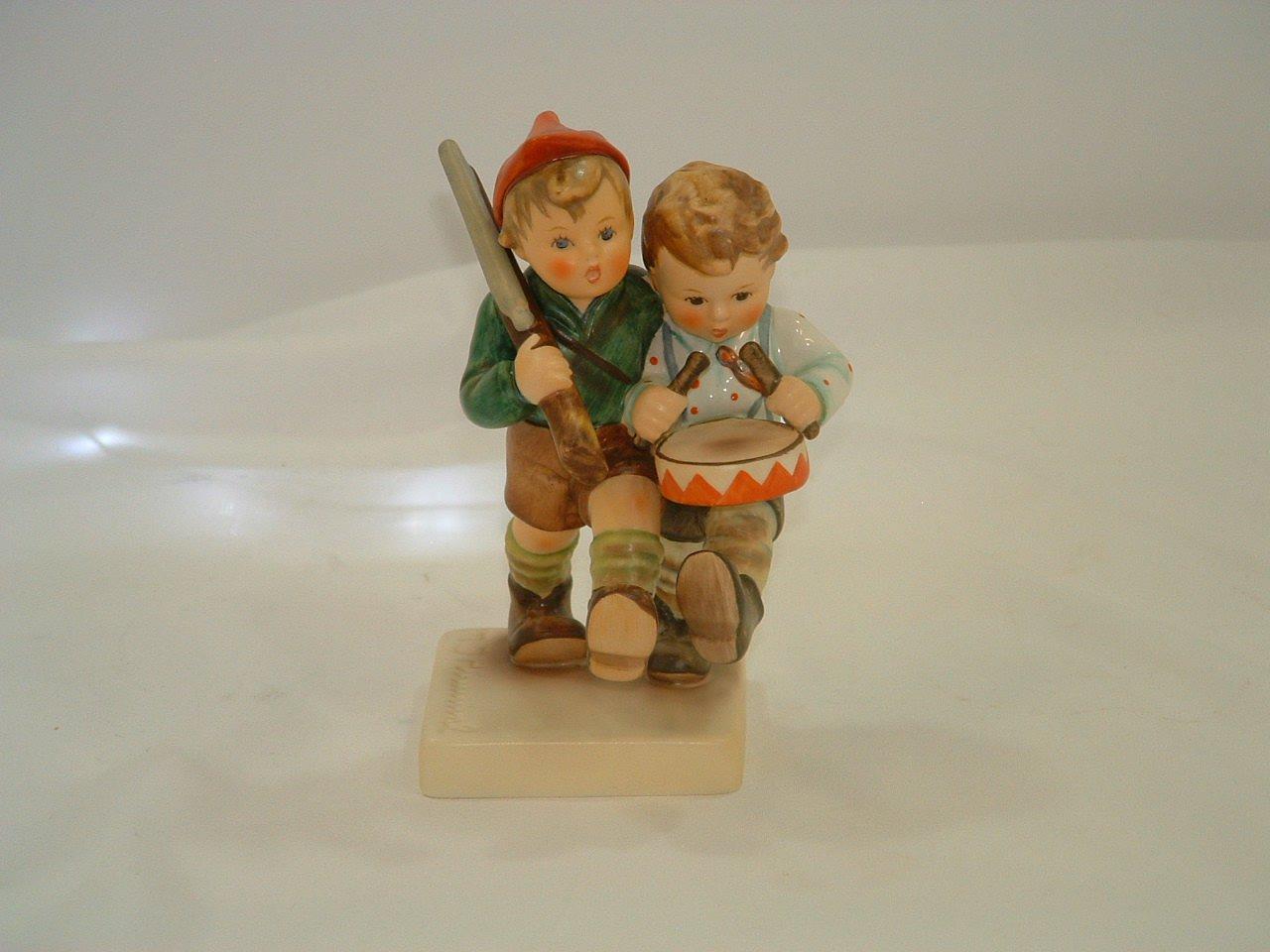 Vintage Hummel Goebel Germany Volunteers Figurine Desert Storm/Desert Shield