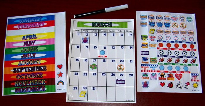 PERPETUAL MAGNETIC SHEET CALENDAR Homeschool NEW KIDS +Pen w/Reusable Clings Children Home School
