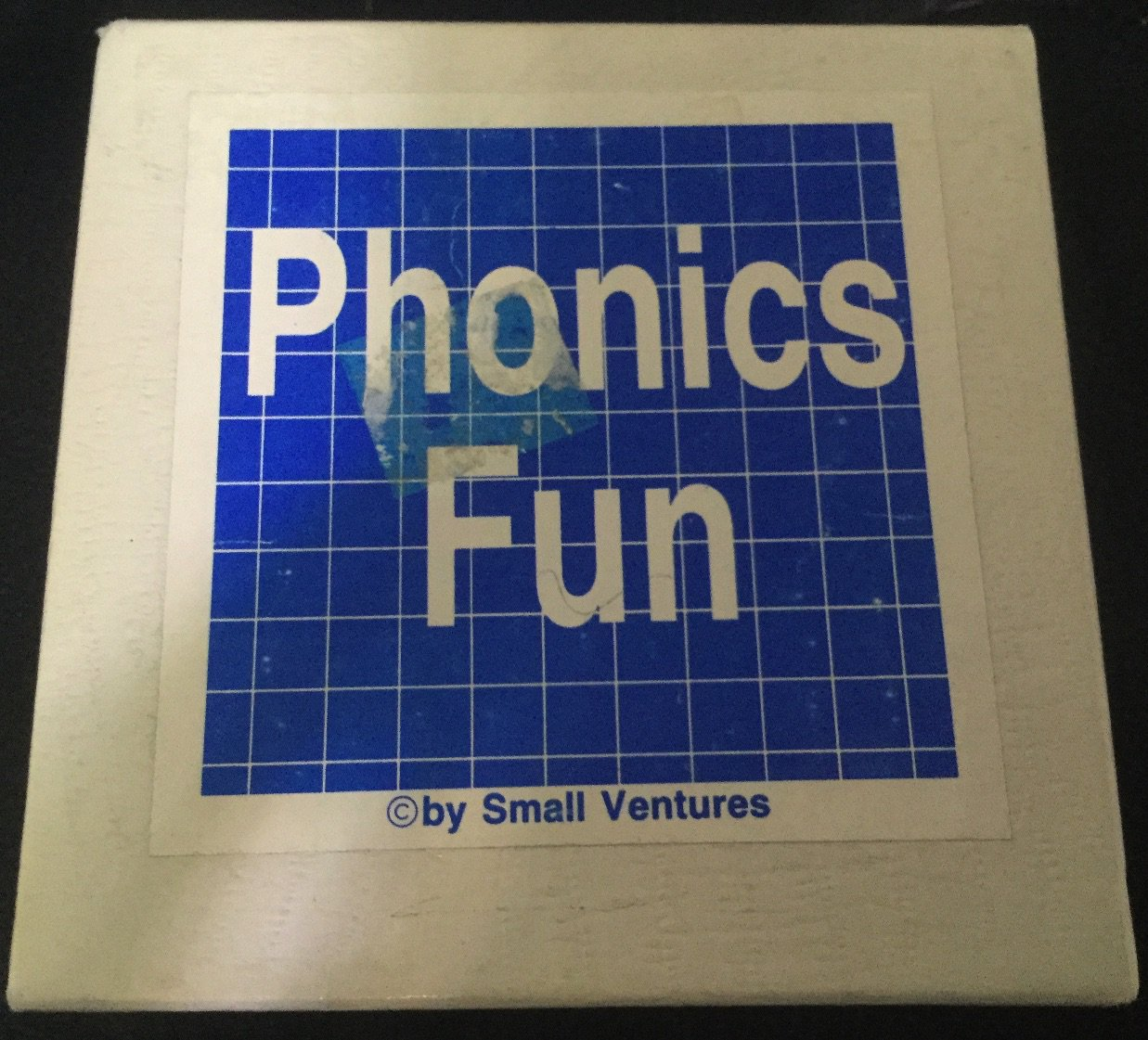 Phonics Fun Cards � 1992 by Small Ventures
