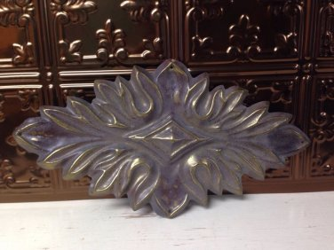 Vtg Metal furniture applique medallion wood paintable crest