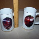 coca cola christmas collectors mugs 1996 lot of 2 mugs