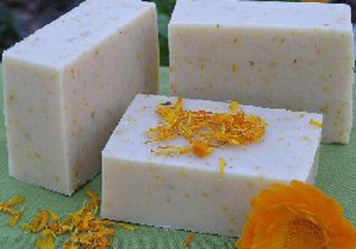 Aloe & Calendula - Lushious Handmade Natural Soap Bath Bar