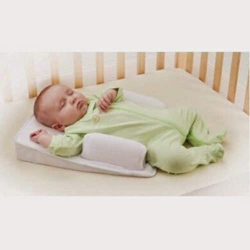 Newborn Safety Pillow Comfort Sleeping Pad Baby Bed in Bed Anti Turning